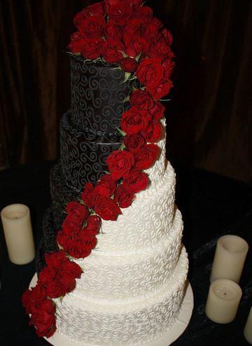 Maroon Color Wedding Cakes