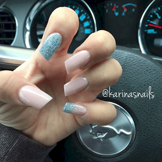 12 Lipstick Style Nail Designs You Have To Try Yourself