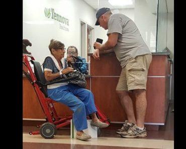 veteran helps old woman