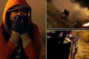 US fires tear gas tijuana migrants